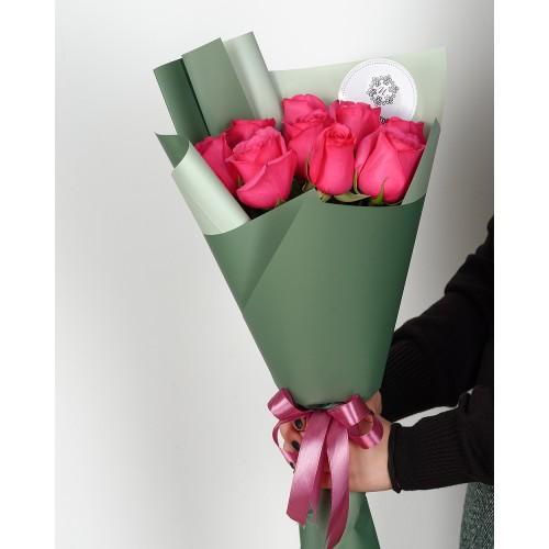 Купить на заказ Букет из 7 розовых роз с доставкой в Байконуре