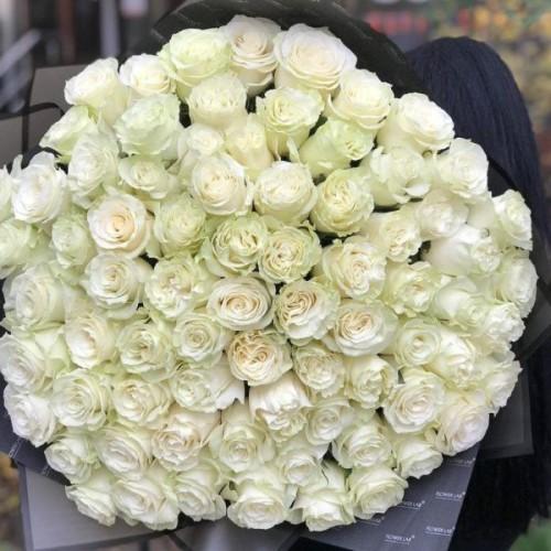 Купить на заказ Букет из 75 белых роз с доставкой в Байконуре