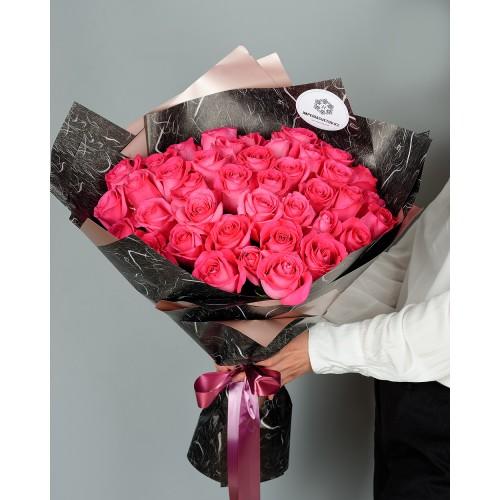 Купить на заказ Букет из 51 розовых роз с доставкой в Байконуре