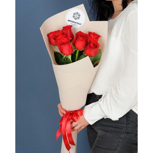Купить на заказ Букет из 7 роз с доставкой в Байконуре
