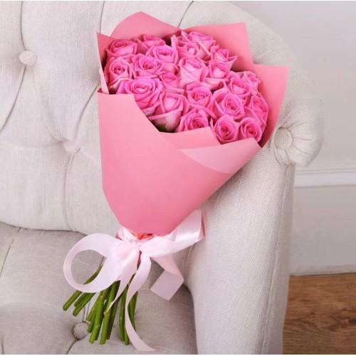 Купить на заказ Букет из 21 розовой розы с доставкой в Байконуре